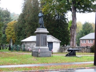 Chester Civil War Memorial image. Click for full size.