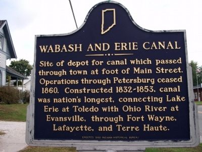 Looking East - - Wabash and Erie Canal Marker image. Click for full size.
