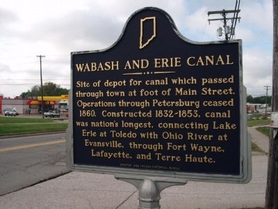 Looking West - - Wabash and Erie Canal Marker image. Click for full size.