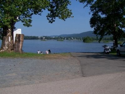 Millersburg Ferry Landing - Perry County image. Click for full size.