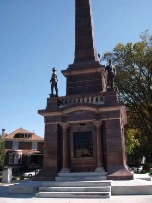 West Side - - Base of Knox County Civil War Memorial image. Click for full size.