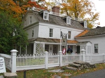 Keeler Tavern Photo, Click for full size