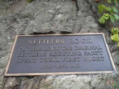 Settler's Rock Plaque image. Click for full size.