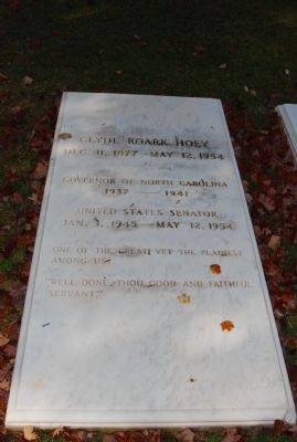 Clyde R. Hoey Grave image. Click for full size.