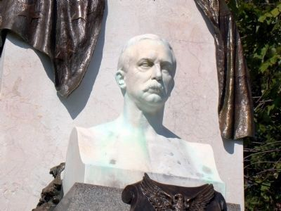 Bust of William Atkinson Jones (1849–1918) image. Click for full size.