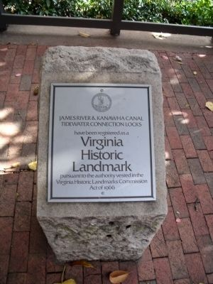 Nearby Historic Landmark Plaque image. Click for full size.