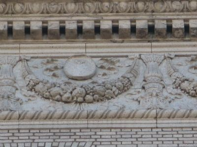 Close-Up of Relief Art on Building image. Click for full size.