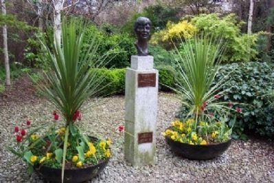 Veronica Guerin Memorial image. Click for full size.