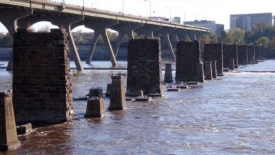 Manchester Bridge (9th Street) image. Click for full size.
