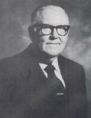Dr. Harold B. Sightler -<br>1914-1995 Photo, Click for full size