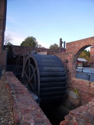 Overshot Waterwheel image. Click for full size.