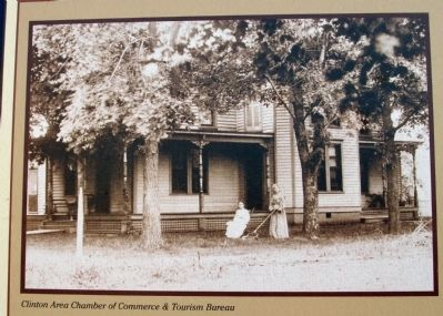 "Close-up Photo - - ""Barnett Tavern / Inn"" Photo, Click for full size"