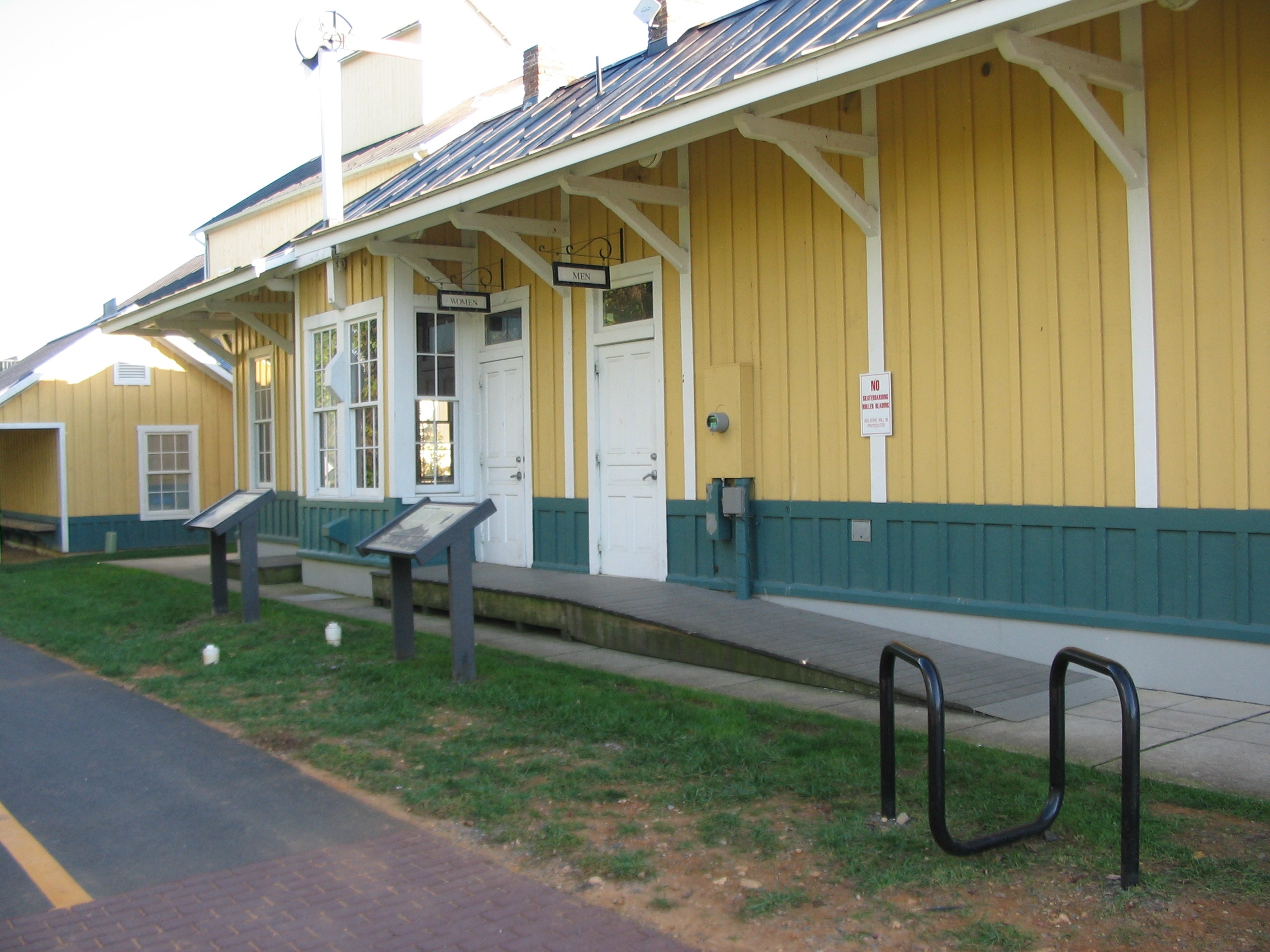 Markers in front of the Train Station