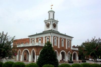 Old Town Hall and Market House image. Click for full size.