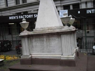 Grave of Alexander Hamilton image. Click for full size.