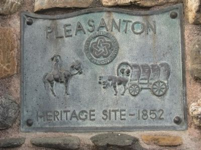 Pleasanton Heritage Plaque image. Click for full size.