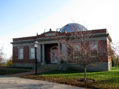 The Cincinnati Observatory's Mitchel Building image. Click for full size.