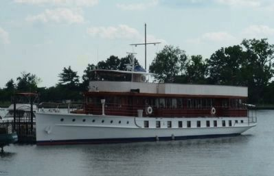 Former Presidential yacht, <i>Sequoia</i>, nearby on the Potomac. Photo, Click for full size