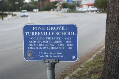 Pine Grove / Turbeville School Marker image. Click for full size.