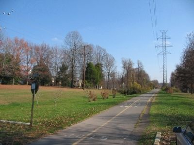 W&OD Railroad Trail image. Click for full size.