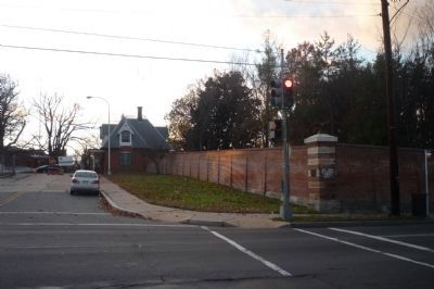 St. Elizabeths Hospital Marker - on the corner wall, to the right of the traffic signal. image. Click for full size.