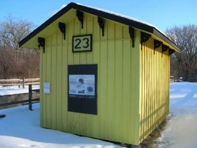 Enlarged Erie Canal Lock 23 Marker Photo, Click for full size
