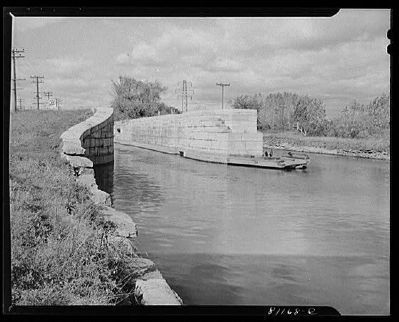 Enlarged Erie Canal Lock 23 in 1941 Photo, Click for full size