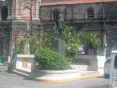 Roman Ongpin Statue and a Second Marker at the Bottom Left image. Click for full size.