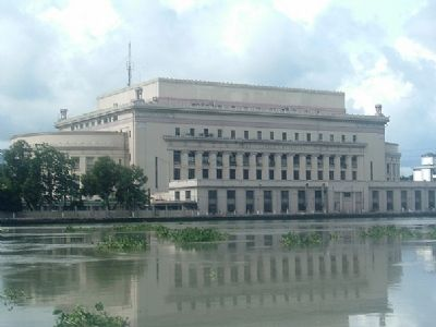 Philippine Post Office from the Pasig River Photo, Click for full size