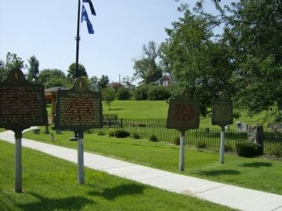 Elizabethtown Battle Marker along with other markers at the same site image. Click for full size.