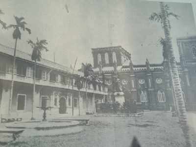 Pre-war Plaza Santo Tomas image. Click for full size.