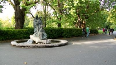 "The ""Three Fates"" Fountain image. Click for full size."