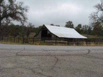 Lavers Ranch Barn image. Click for full size.