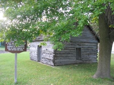 The Skavlem–Williams Log Cabin and Marker image. Click for full size.