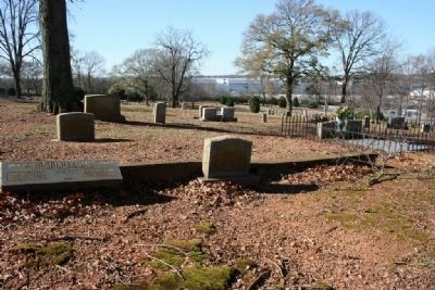 Robertson Family Burial Plot image. Click for full size.