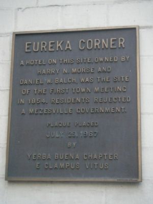 Eureka Corner Marker Photo, Click for full size