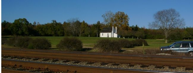 Fairfield Plantation from the Railroad Tracks Photo, Click for full size
