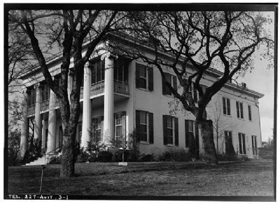 Governor's Mansion image, Click for more information