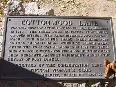 Cottonwood Lane Marker Photo, Click for full size