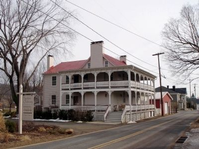Sperryville Hotel (Hopkins Ordinary) Photo, Click for full size