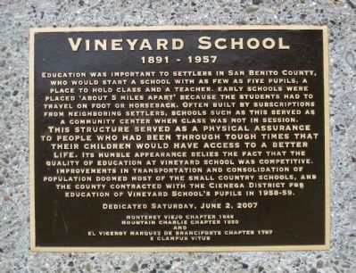 Vineyard School Marker image. Click for full size.