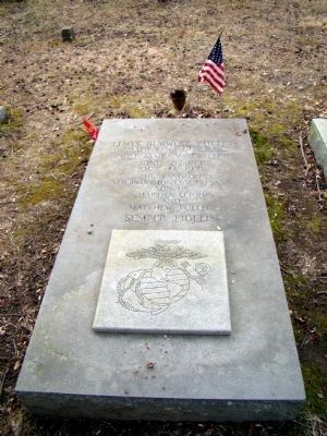 The Tomb of Lewis Burwell Puller image. Click for full size.