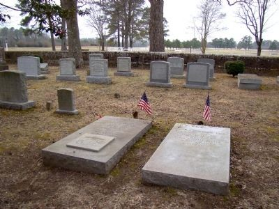 The Puller Gravesite image. Click for full size.