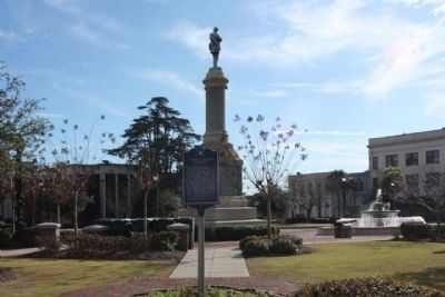 Court House Square Marker, Confederate Monument and Memorial Fountain Photo, Click for full size