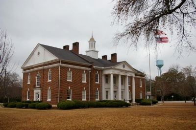 Calhoun County Courthouse image. Click for full size.