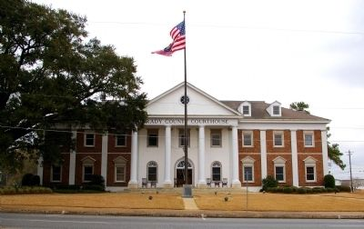 Grady County Courthouse image. Click for full size.
