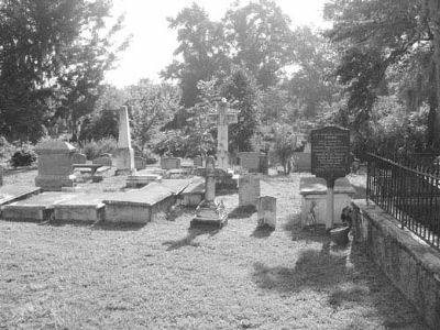 Holy Cross Church Yard image. Click for full size.