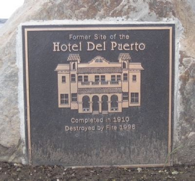 Hotel Del Puerto Marker image. Click for full size.