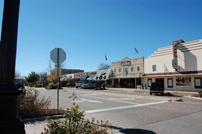 Marble Falls Main St image. Click for full size.