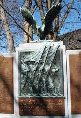 Wallingford World War I Monument image. Click for full size.